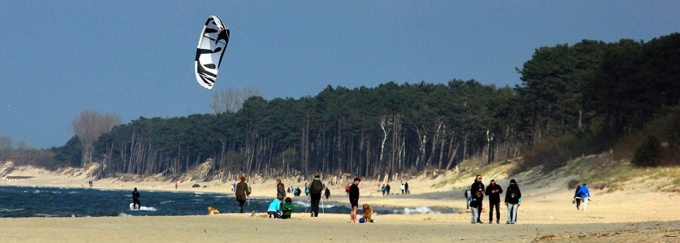 ludzie na plazy